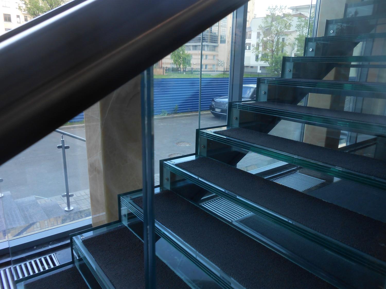 противопожарная стеклянная лестница